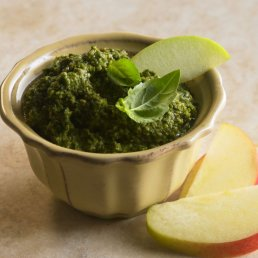 Apple Pesto
