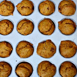 Pumpkin Applesauce Mini-Muffins
