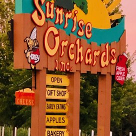 Sunrise Orchards Welcome Sign